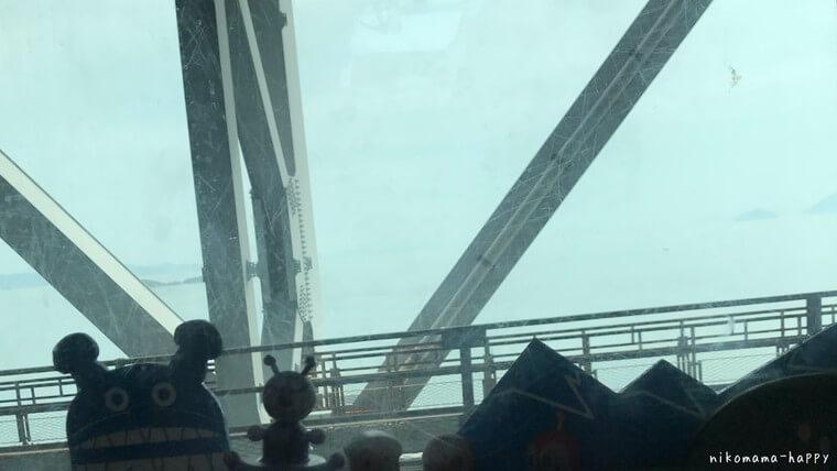 アンパンマントロッコのトロッコ車両から見た瀬戸内海